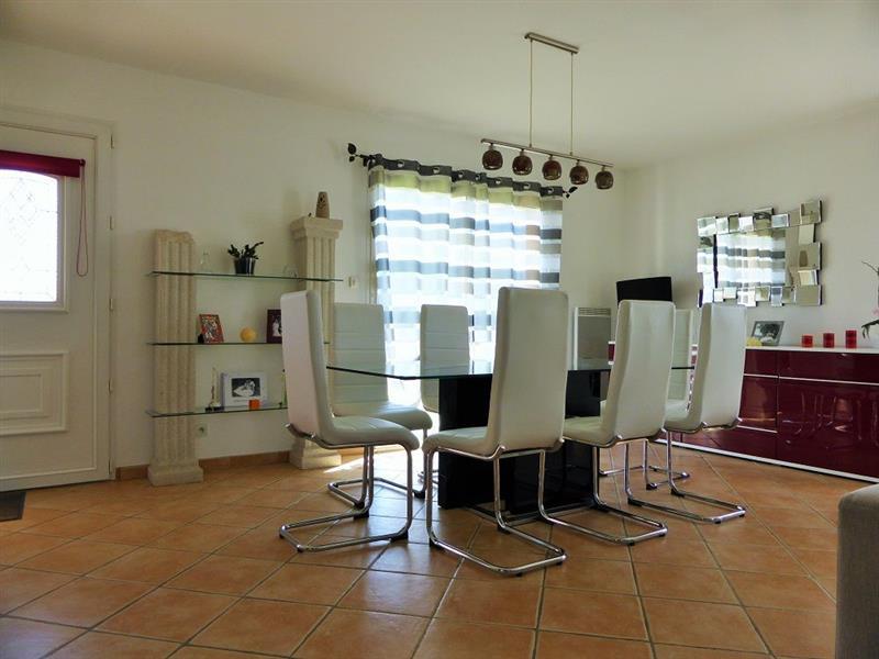 nuru massage video Saint-Sébastien-sur-Loire
