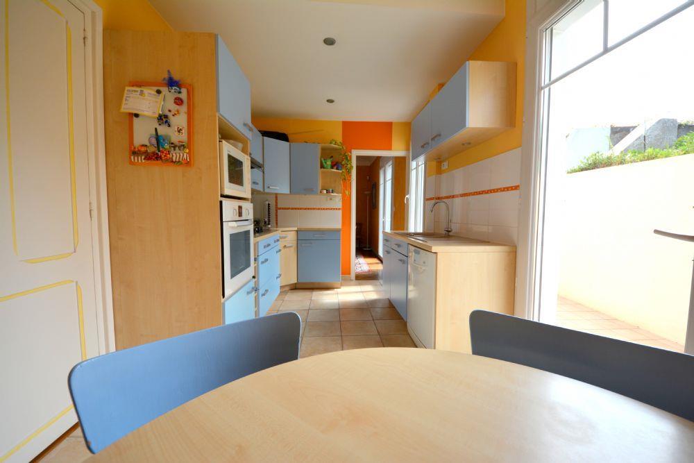 Vente maison st herblain un bien rare a 2 minutes du for Garage st herblain bourg