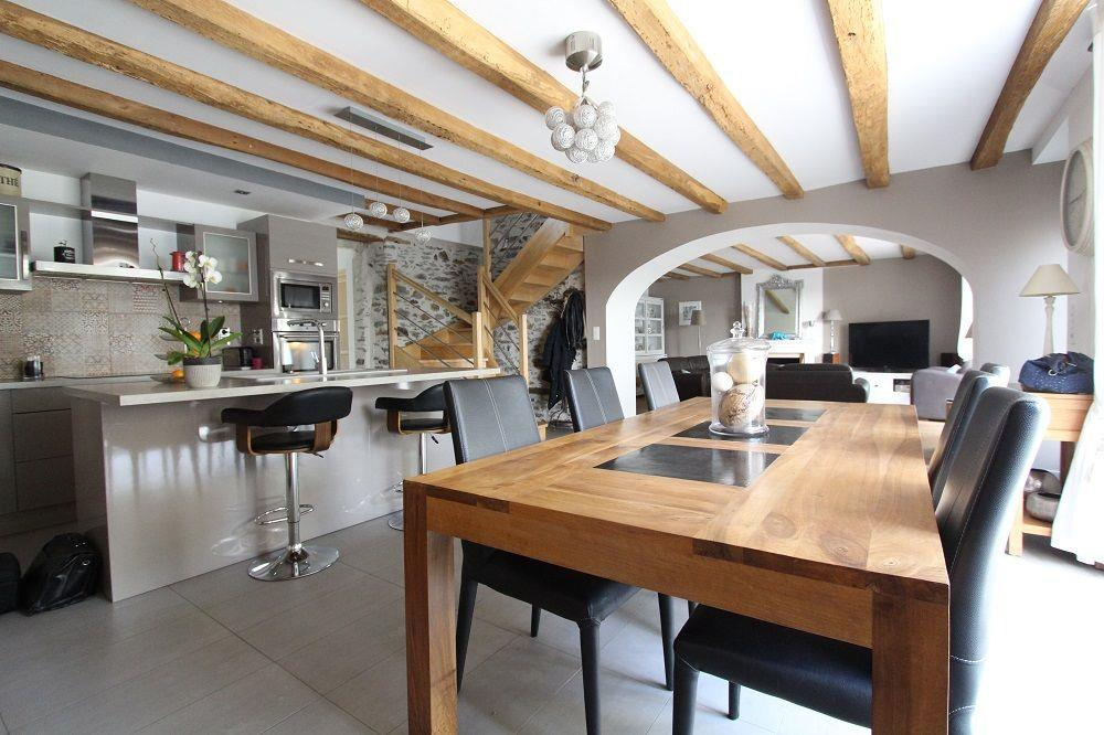 vente maison ste luce sur loire charmante ancienne de 200 m avec vue sur loire nord loire. Black Bedroom Furniture Sets. Home Design Ideas